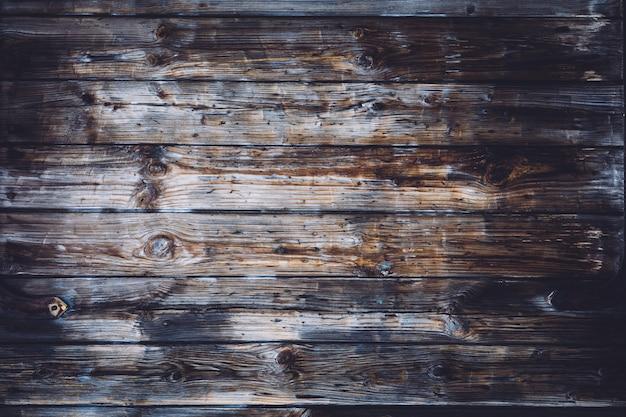 Pranchas de madeira danificadas velhas.