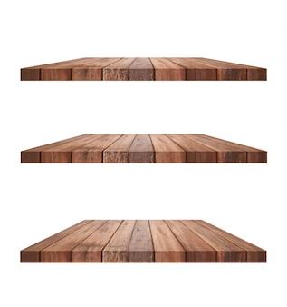 Prateleira de madeira velha marrom vazia isolada no fundo branco.