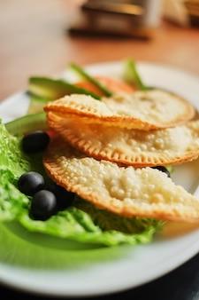 Prato, cheburek, vegitables, jantar, nacional, gostosa, refeição, vista lateral