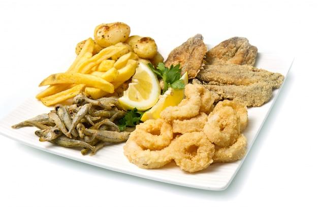Prato com comida frita