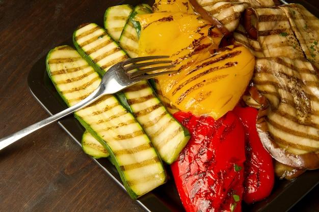 Prato com legumes grelhados
