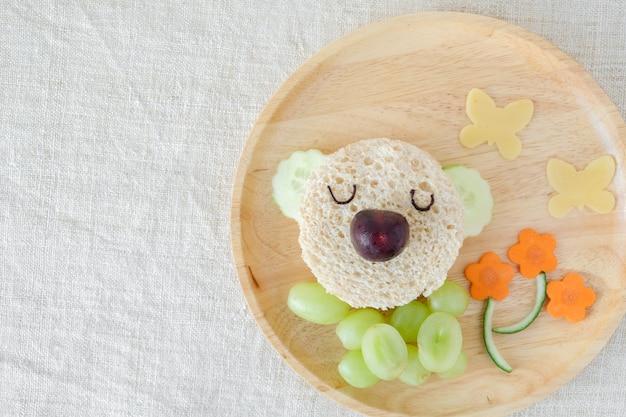 Prato de almoço de urso coala