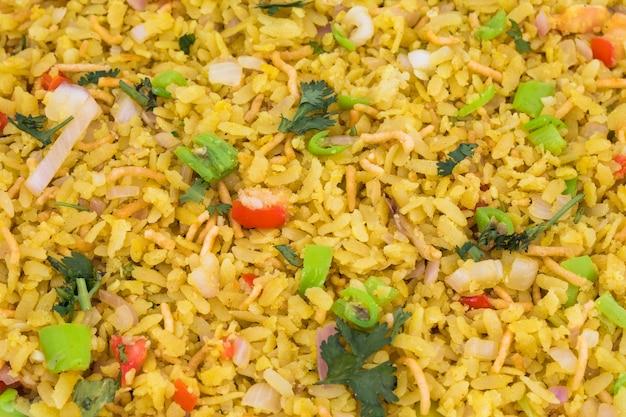 Prato de café da manhã indiano poha