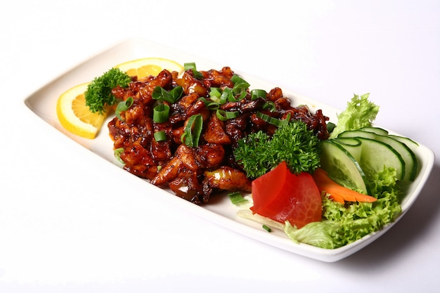Prato de carne com legumes