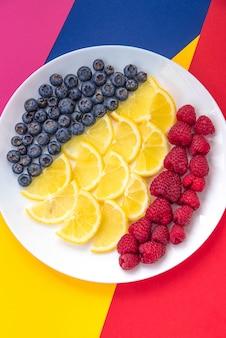 Prato de frutas moderno pop art