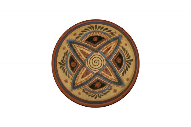 Prato redondo isolado com ornamento para decoração na parede