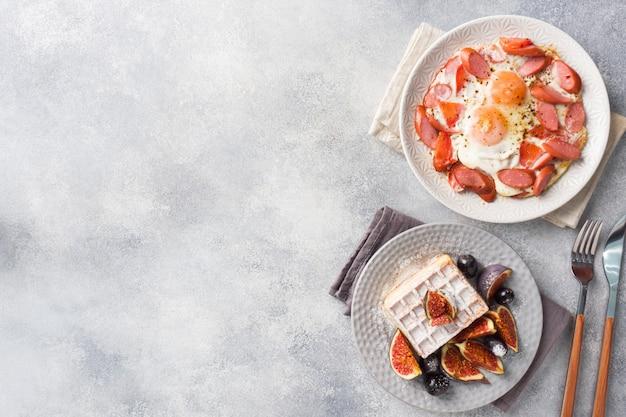 Pratos para pequeno-almoço saudável caseiro.