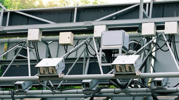 Preço eletrônico de estrada (erp) ou cobrança eletrônica de pedágio em cingapura para gerenciar o tráfego por meio do preço da estrada