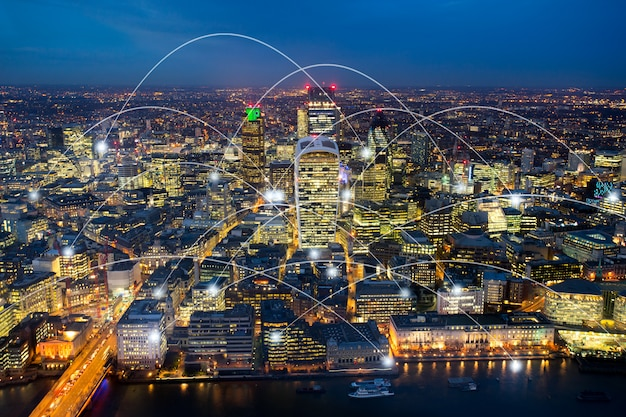 Prédio de escritórios de londres para rede e futuro conceito