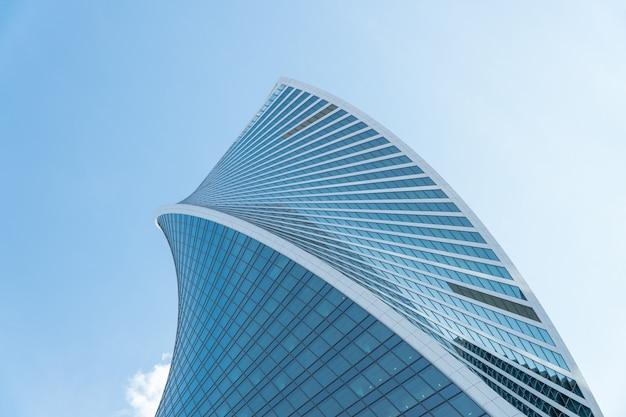 Prédios altos do centro de negócios do distrito de moscou moscou cidade contra o céu diurno