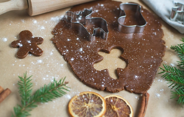 Preparação de biscoitos de natal,
