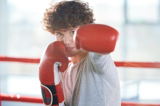 Preparando-se para a competição de boxe