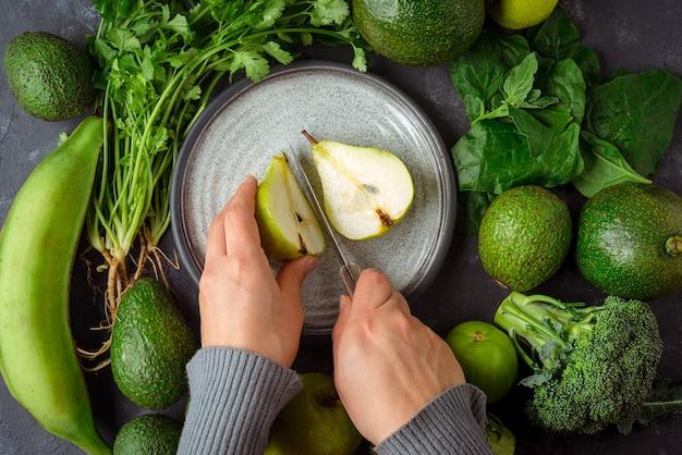 Preparar alimentos verdes ricos em ácido fólico para uma vida saudável