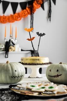 Preparativos para festa de halloween em close-up