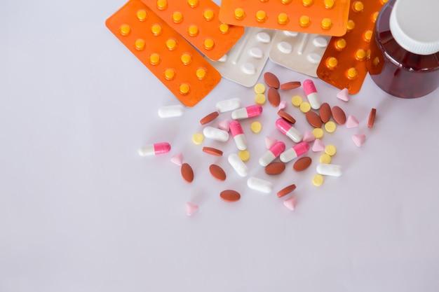Prescrição de medicamentos para medicação de tratamento.