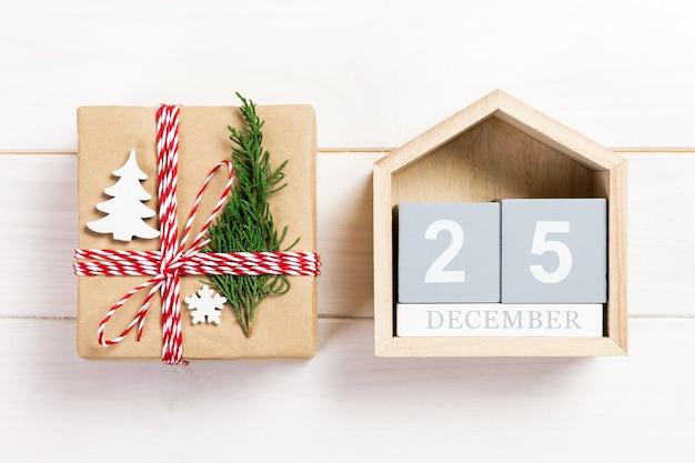 Presente de natal com calendário