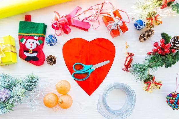 Presentes de embalagem para o ano novo