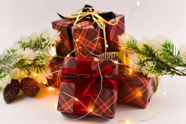 Presentes de natal em luzes