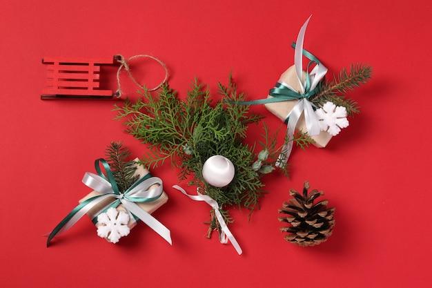 Presentes e decorações de natal