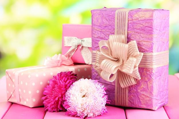 Presentes e flores