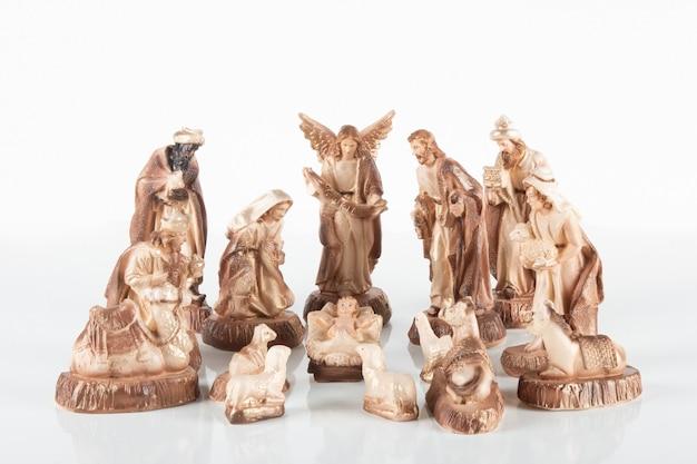 Presépio. cena tradicional de natal com fundo branco.