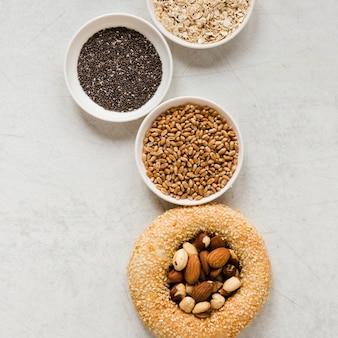 Pretzel nozes e mistura de sementes