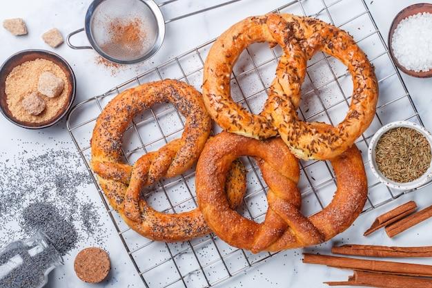 Pretzel. pretzels recém-assados