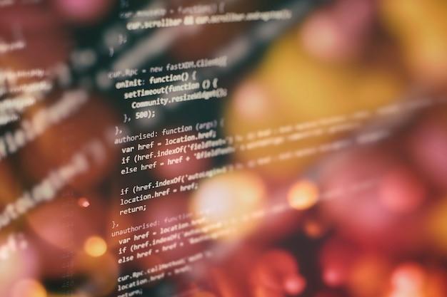 Problema de computação para programas de computador executáveis como análise, desenvolvimento, algoritmos e verificação. armazenamento de dados grandes e representação de computação em nuvem. programação