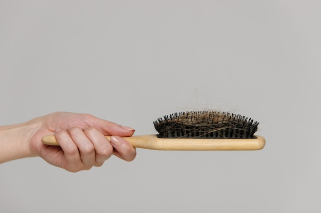 Problema de perda de cabelo, período pós-parto, distúrbio menstrual ou endócrino, desequilíbrio hormonal, menopausa