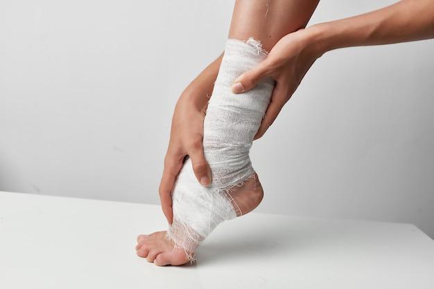 Problemas de saúde na perna enfaixada lesão de saúde