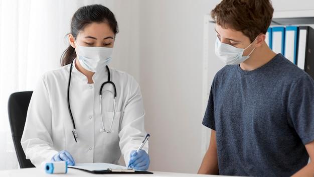 Procedimento de amostra de coronavírus