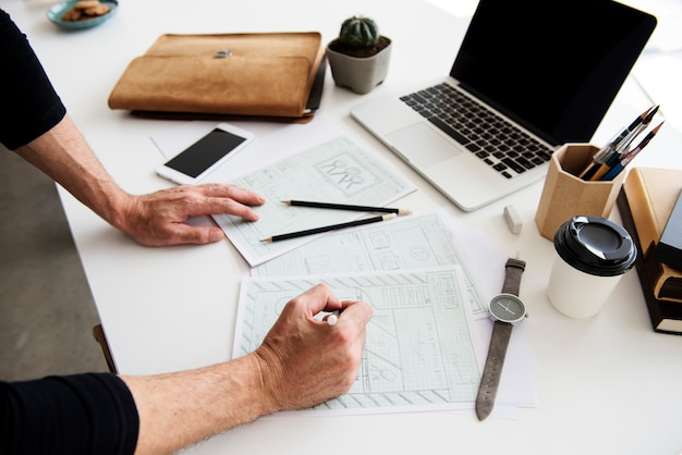 Processo de trabalho hands office workplace