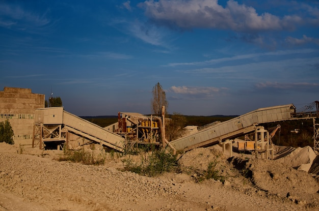 Produção de materiais de construção trabalho de escavadeira de areia da cidade