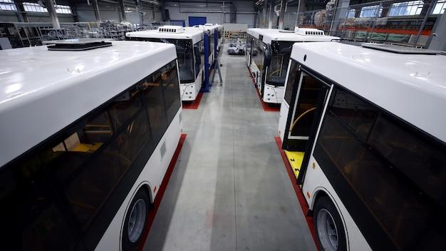 Produção de montagem de veículos elétricos urbanos