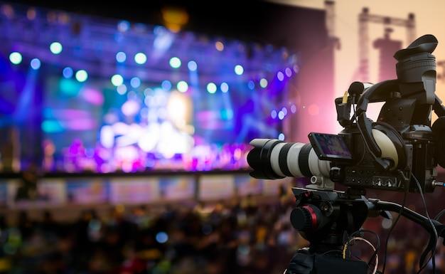 Produção de vídeos cobrindo evento
