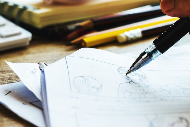 Produção para storyboard de filme, desenho criativo para filme, processo de pré-produção, script de filmes de mídia