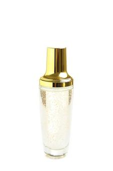 Produto de beleza para cuidados com a pele isolado no branco