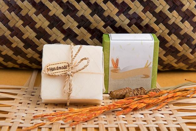 Produto de sabão feito à mão