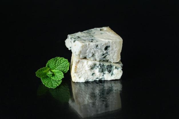 Produto lácteo com queijo azul feito de roquefort de cabra de ovelha ou leite de vaca