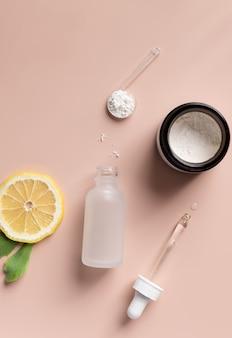 Produtos cosméticos com vitamina c conceito de beleza para a pele