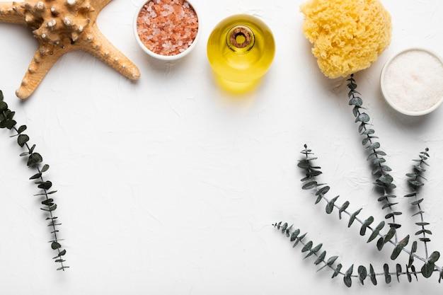 Produtos cosméticos de higiene agradável na mesa