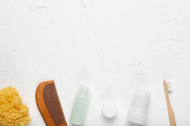 Produtos cosméticos e ferramentas de higiene