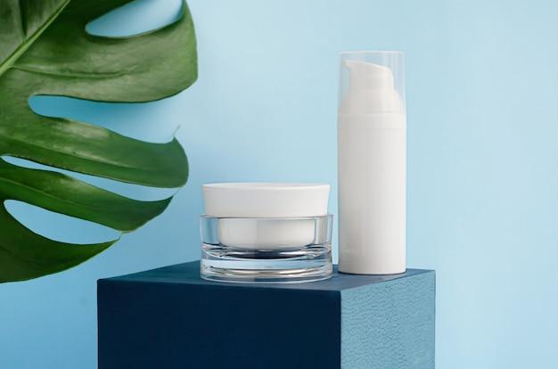 Produtos cosméticos naturais com creme orgânico