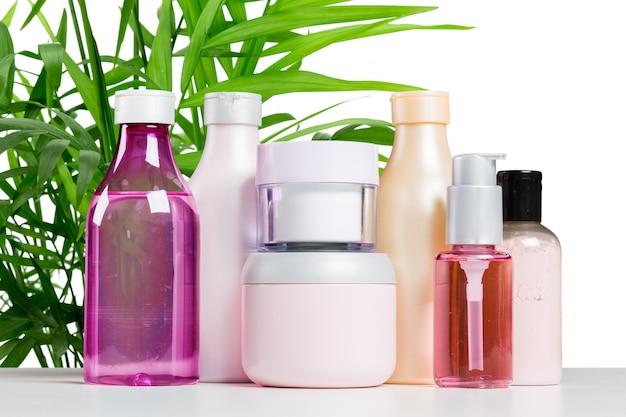 Produtos cosméticos para cuidados com o corpo e spa