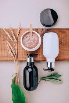 Produtos de close-up de produtos para o cabelo e couro cabeludo.