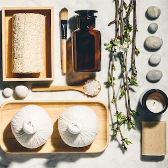 Produtos de cuidados da pele natural plana leigos. zero desperdício, banheiro ecológico e acessórios de spa