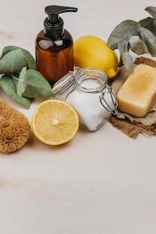 Produtos de relaxamento para ambientes internos e limão