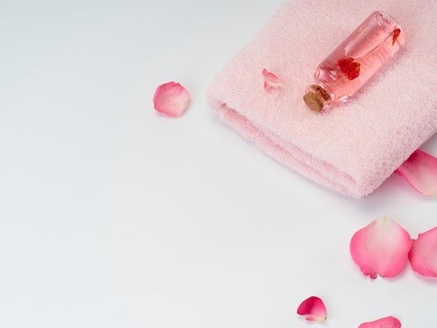 Produtos de spa de óleo essencial de rosa