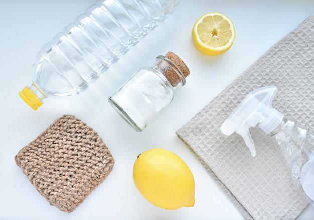 Produtos ecológicos para limpeza doméstica, estilo de vida zero.