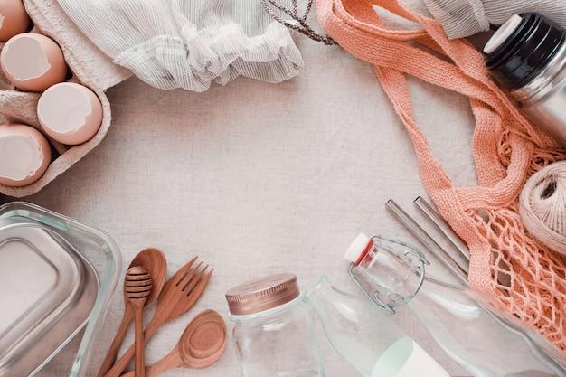 Produtos reutilizáveis, livres de plástico, eco-vida e conceito de desperdício zero, tonificação